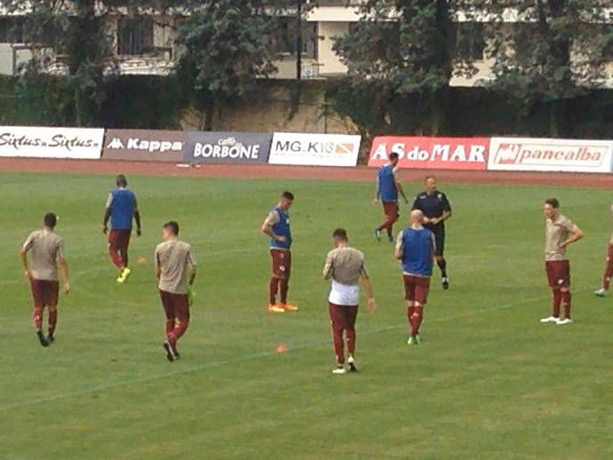 Mihajlovic dà indicazioni ai giocatori